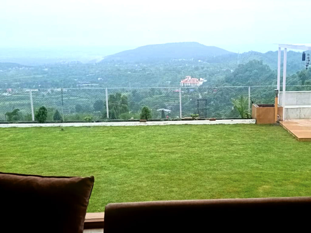 Lawn Area with Scenic Valley View