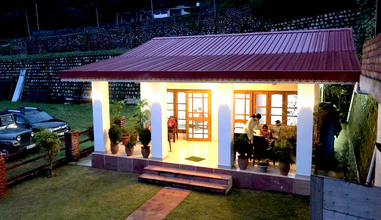 The Bougainvillea Valley View cottage